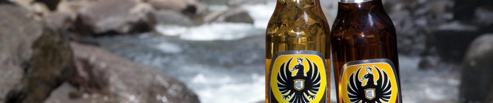 De to vandpositive øl, som du kan drikke med god samvittighed. Den klassiske til højre og den nyeste smagsvariant Imperial Silver til venstre. Foto: Imperial Cerveza